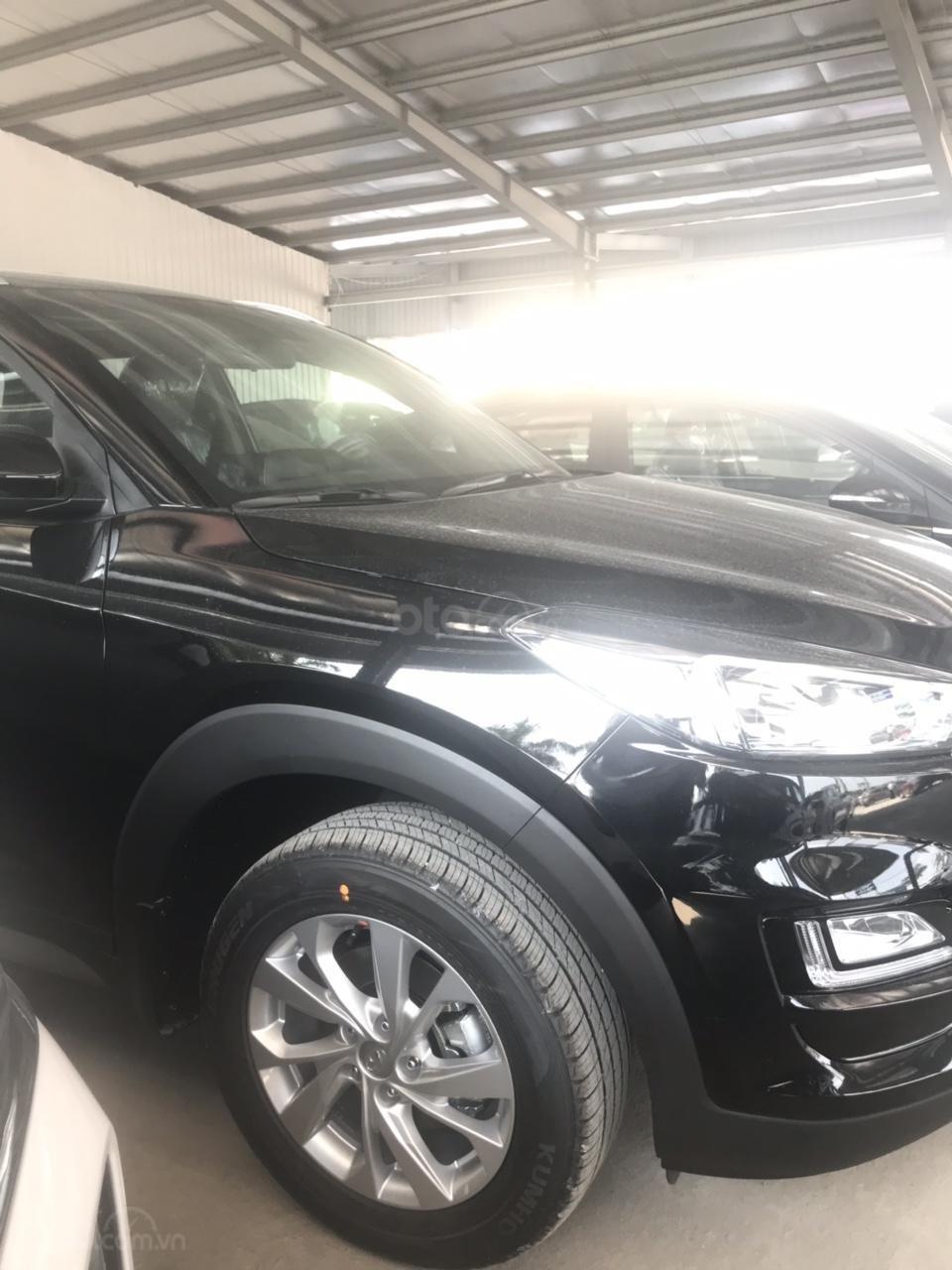 Hyundai Tucson 2019, khuyến mại phụ kiện 15tr, thẻ dịch vụ 20tr, trả góp 80%, giao xe ngay, liên hệ để ép giá 0977308699-7