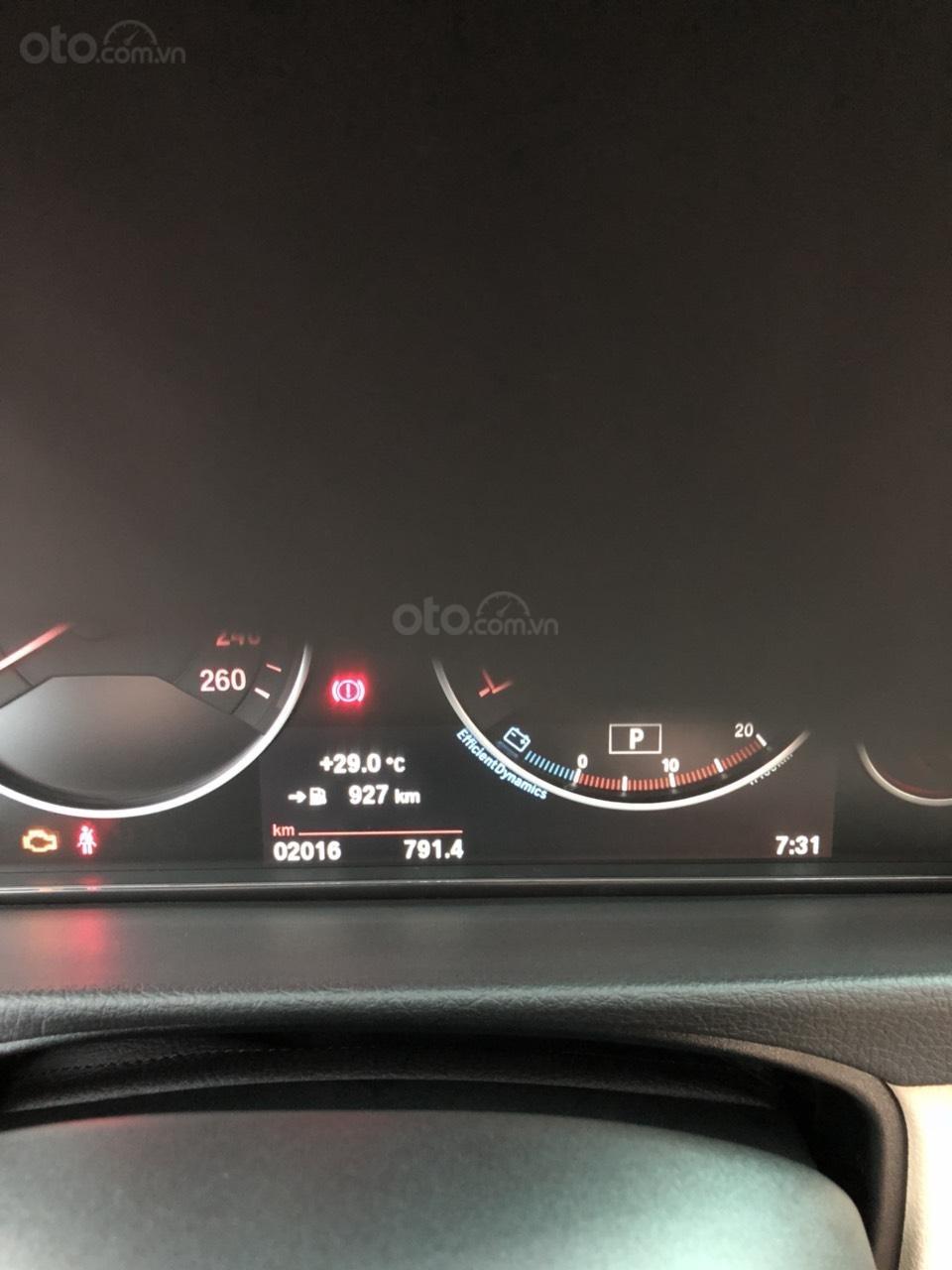 Bán BMW 320i sx 2018, siêu lướt 2000 km, xe chính chủ-6