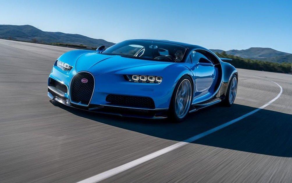 Bugatti Chiron còn nằm trong top 5 xe chạy nhanh nhất hiện nay với tốc độ tối đa 436 km/h.