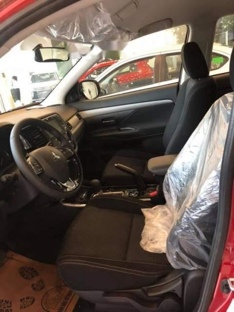 Bán Mitsubishi Outlander sản xuất năm 2019, màu đỏ, giá chỉ 785 triệu (4)
