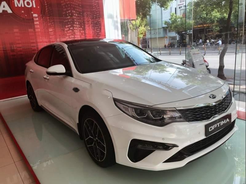 Bán xe Kia Optima 2.4GTL 2019, màu trắng-0