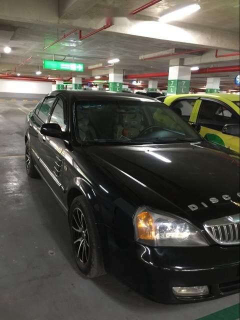 Cần bán gấp Daewoo Magnus 2005, màu đen, xe nhập xe gia đình, giá tốt-2