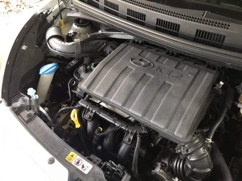 Bán Hyundai Grand i10 đời 2015, màu bạc (6)
