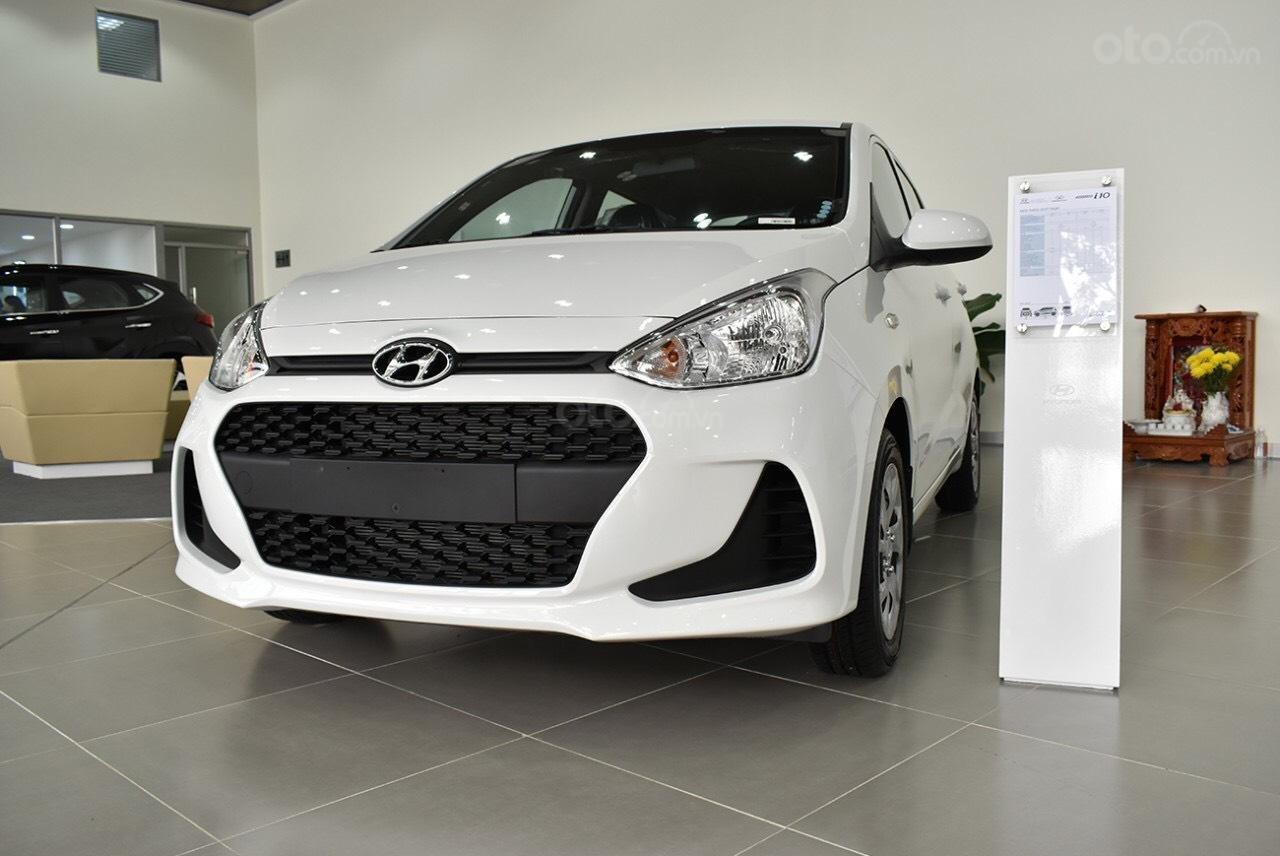 Cần bán Hyundai Grand i10 đời 2019, sẵn xe đủ màu giao ngay, tặng phụ kiện hấp dẫn, LH Mr Ân : 0939493259 (2)