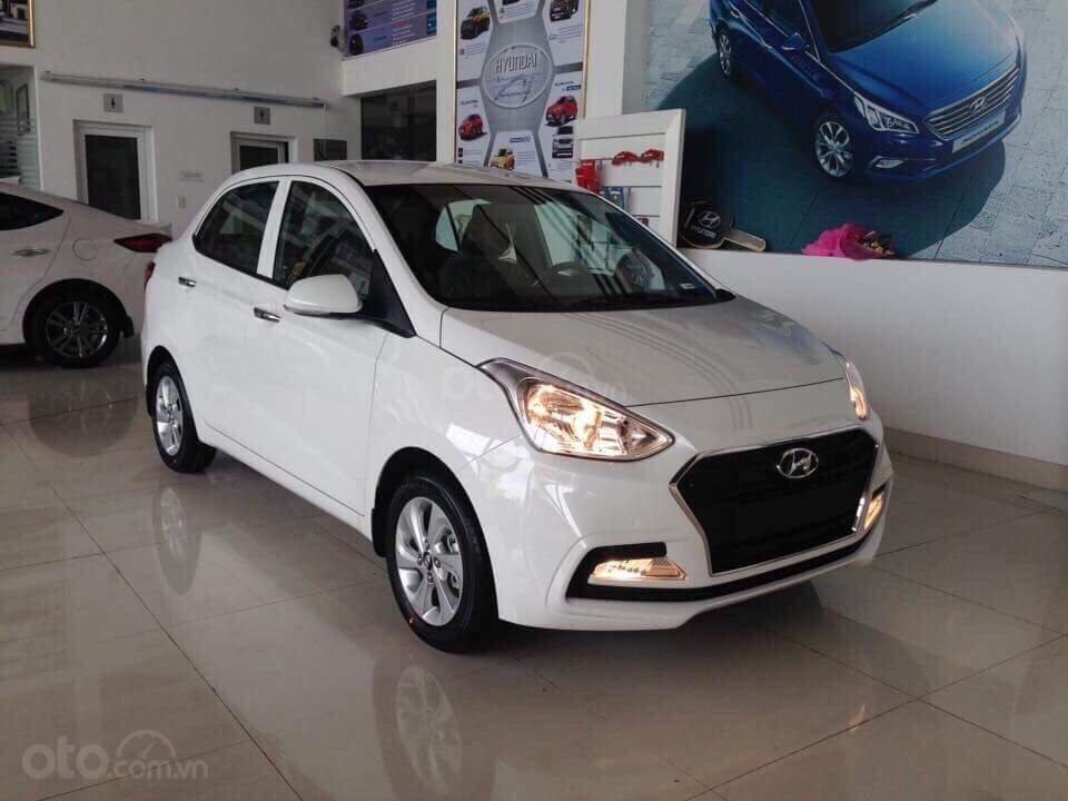 Cần bán Hyundai Grand i10 đời 2019, sẵn xe đủ màu giao ngay, tặng phụ kiện hấp dẫn, LH Mr Ân : 0939493259 (3)