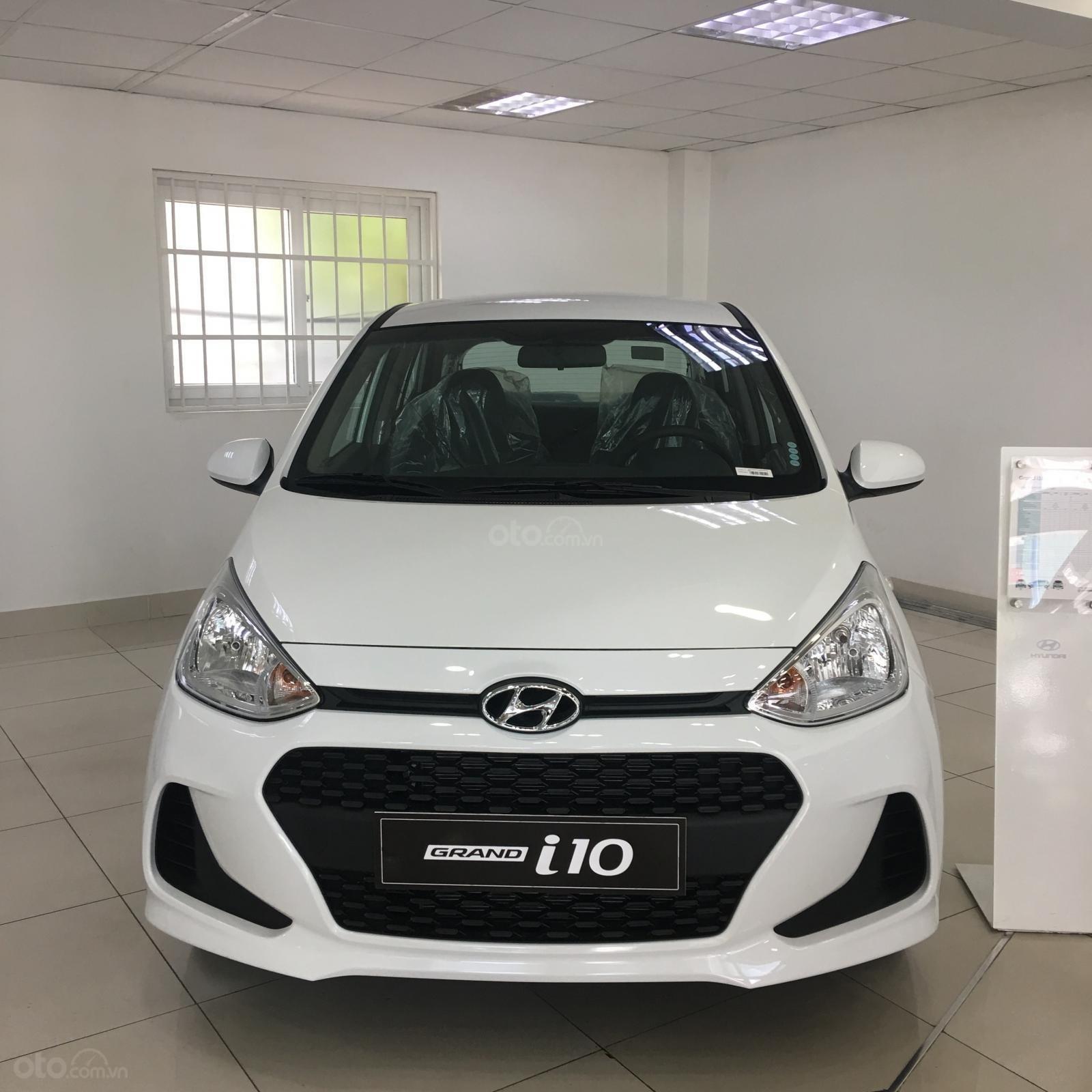 Cần bán Hyundai Grand i10 đời 2019, sẵn xe đủ màu giao ngay, tặng phụ kiện hấp dẫn, LH Mr Ân : 0939493259 (1)