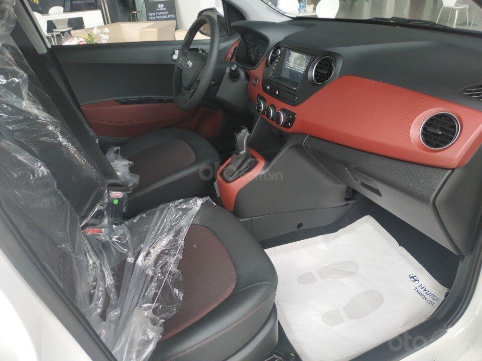 Cần bán Hyundai Grand i10 đời 2019, sẵn xe đủ màu giao ngay, tặng phụ kiện hấp dẫn, LH Mr Ân : 0939493259 (9)
