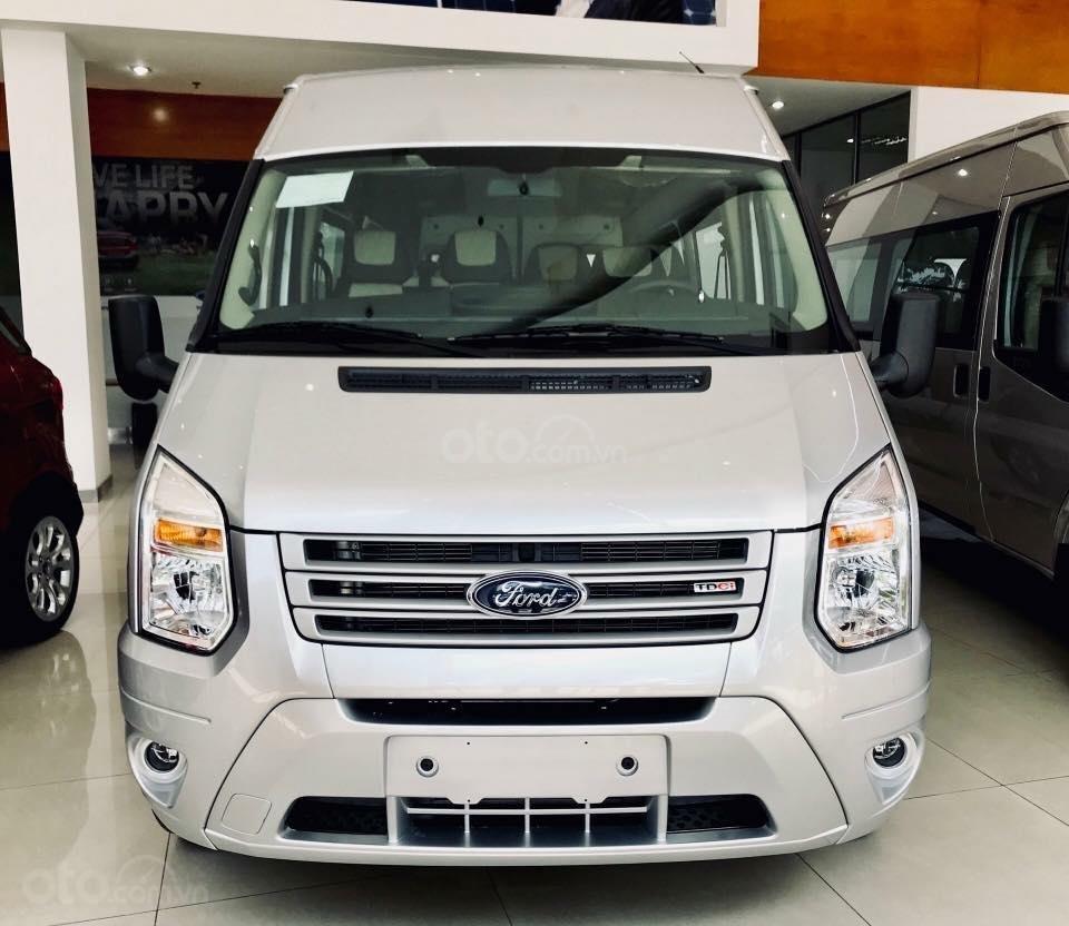 Bán Ford Transit 2019 hỗ trợ vay 80%, LH nhận giá tốt nhất, LH 0902172017 - Em Mai (2)