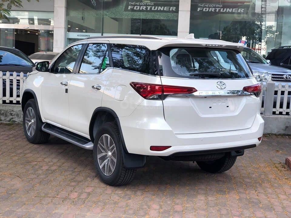 Bán ô tô Toyota Fortuner máy xăng/dầu năm 2019, xe nhập/lắp rắp, giao xe ngay-2