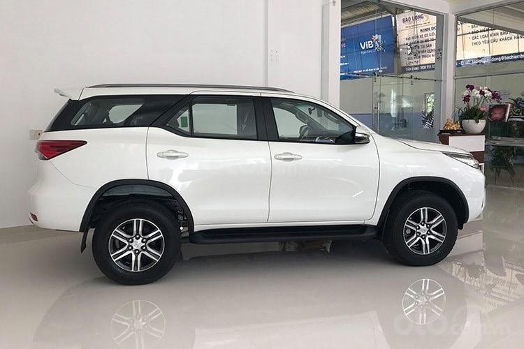 Bán ô tô Toyota Fortuner máy xăng/dầu năm 2019, xe nhập/lắp rắp, giao xe ngay-3