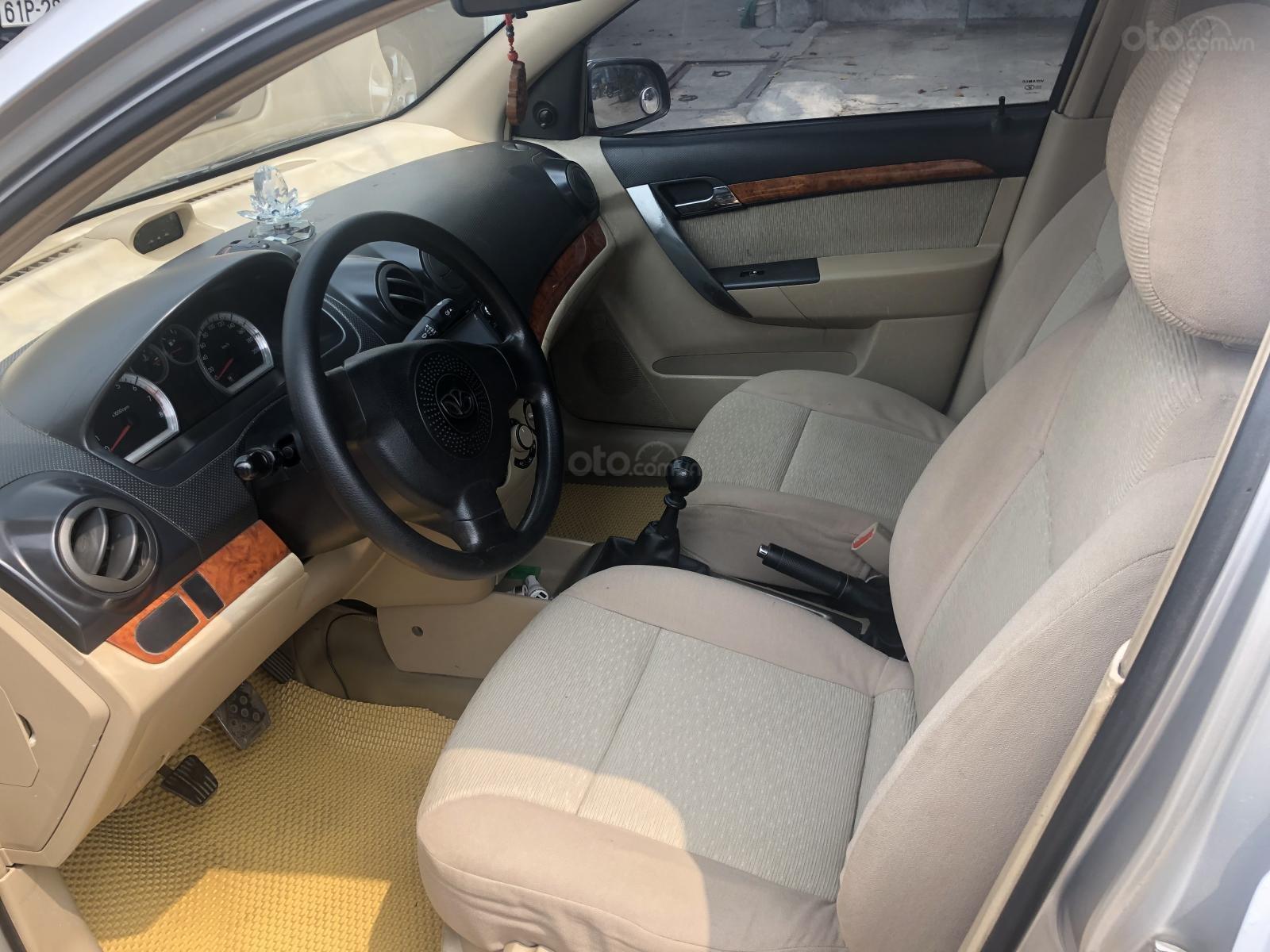 Cần bán xe Daewoo Gentra sản xuất năm 2009-4