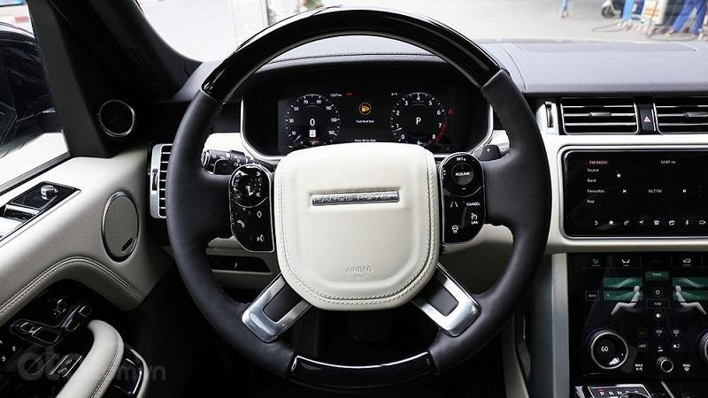 Vô lăng Range Rover 2019...