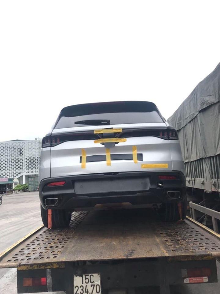 VinFast LUX SA2.0 xuất hiện khu vực biên giới, xuất khẩu sang Trung Quốc? a2