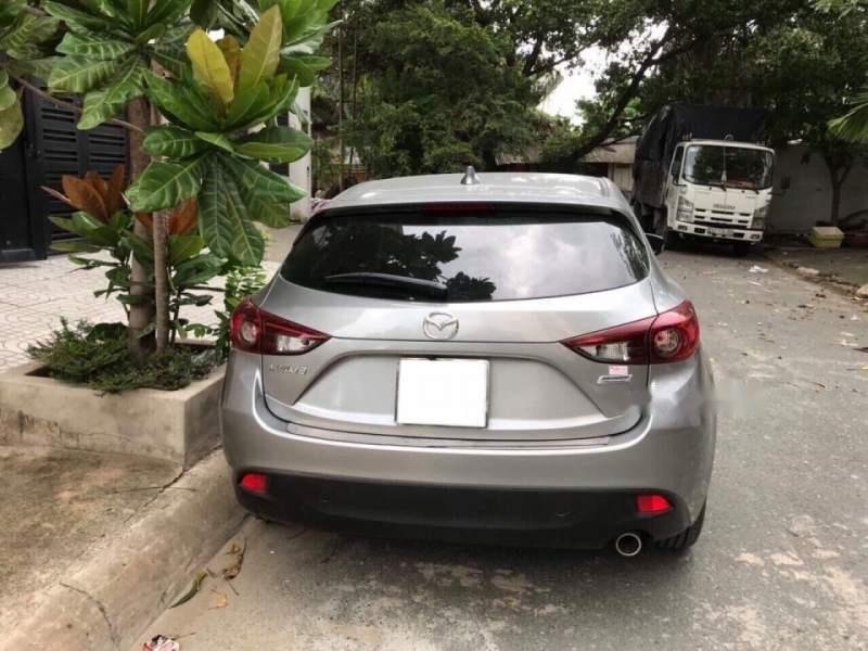Bán Mazda 3 đời 2016, màu xám như mới (4)