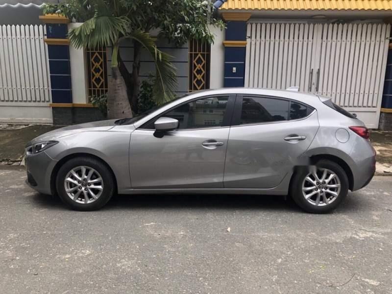 Bán Mazda 3 đời 2016, màu xám như mới (1)