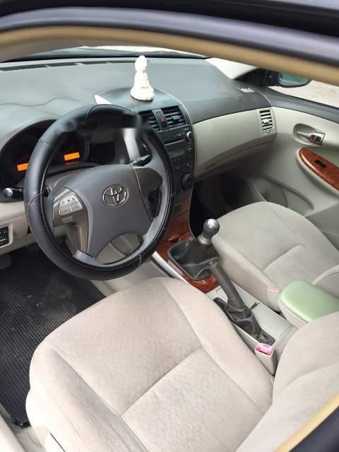 Bán xe Toyota Corolla altis năm 2010, màu đen, nhập khẩu (5)