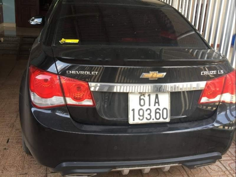 Bán Chevrolet Cruze năm sản xuất 2015, màu đen -0