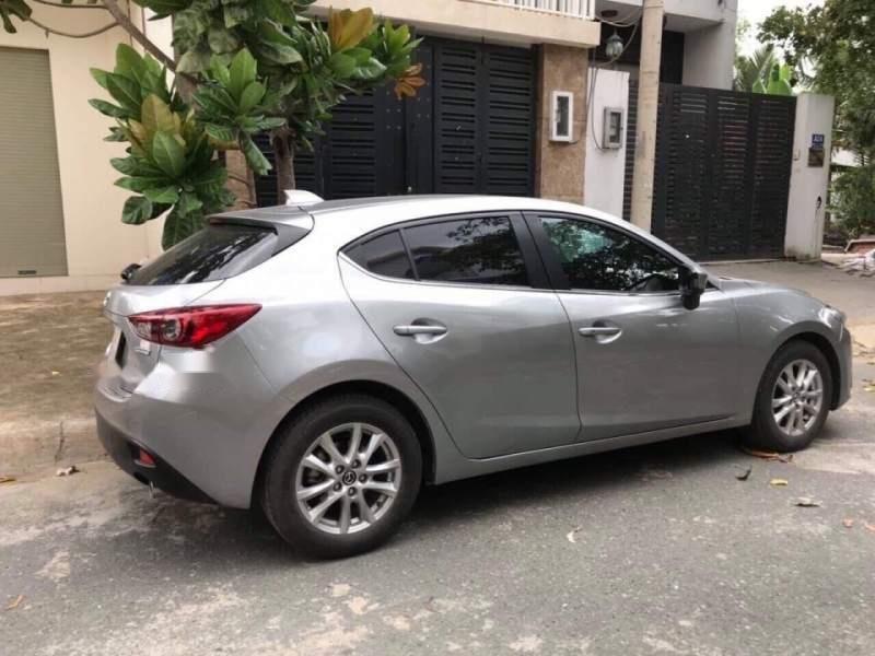 Bán Mazda 3 đời 2016, màu xám như mới (5)