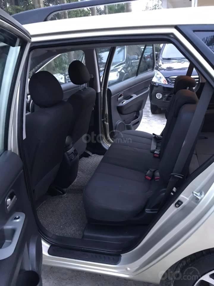 Bán xe Kia Carens 2.0AT 2.0AT, 7 chỗ, sản xuất 2009 màu vàng sâm banh, xe chạy ít, chính chủ biển HN-9