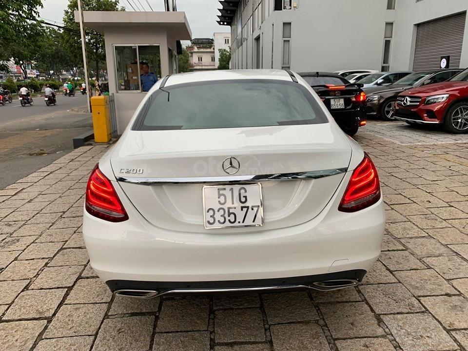 Bán xe Mercedes C200 trắng 2017 cũ chính hãng giá tốt. Trả trước 450 triệu nhận xe ngay-8