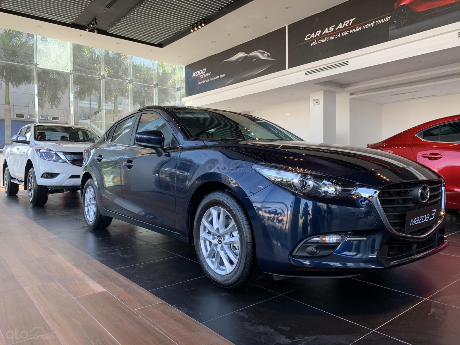 Bán Mazda 3 giá từ 649 triệu, đủ màu, giao xe ngay, liên hệ ngay với chúng tôi để nhận được ưu đãi tốt nhất (2)