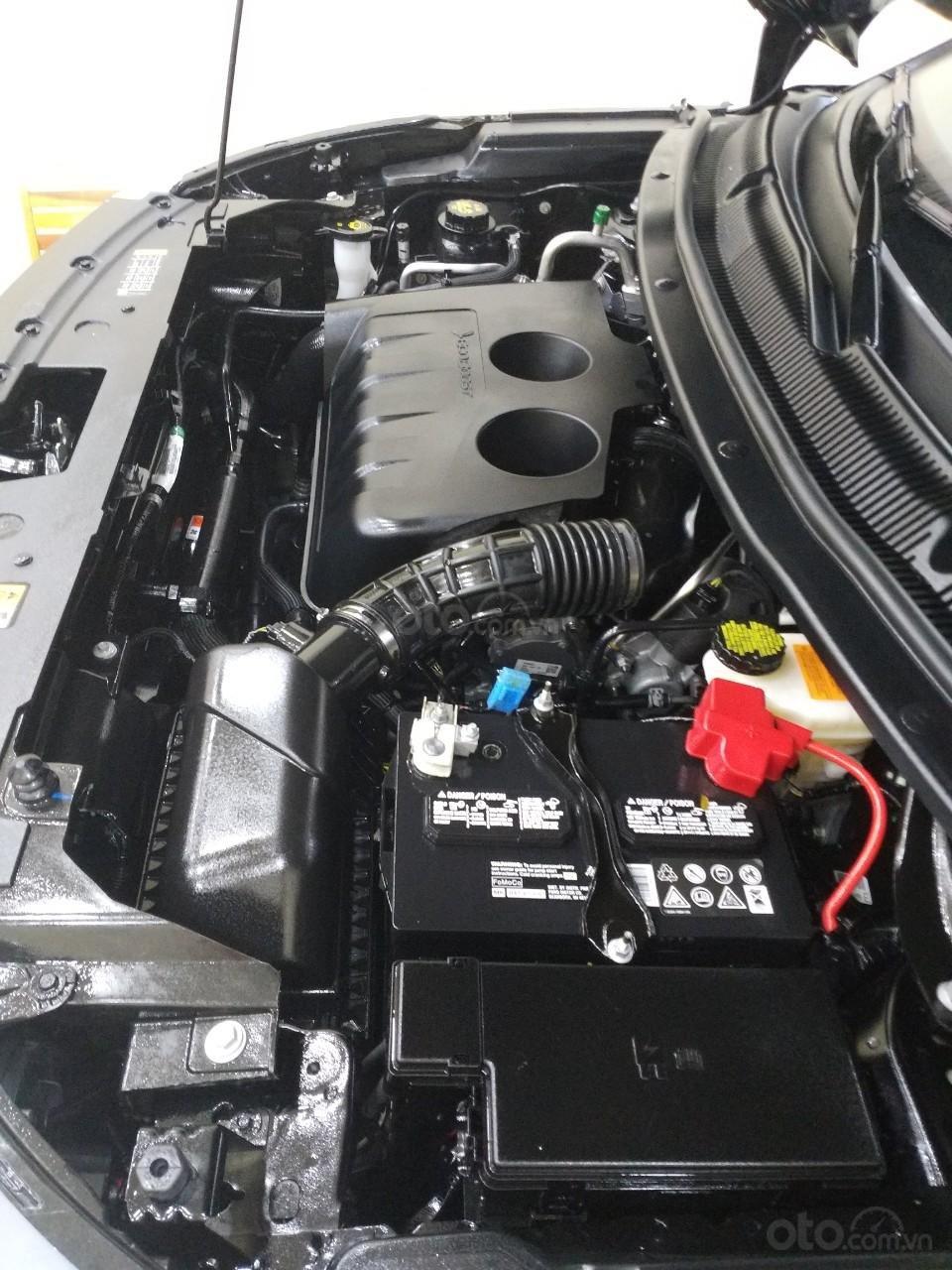 Ford Explorer hàng Limited model 2019, màu đen, xe nhập cực mới 99,9%, mới toanh như xe thùng. Giá chỉ 2 tỷ 160 triệu-2