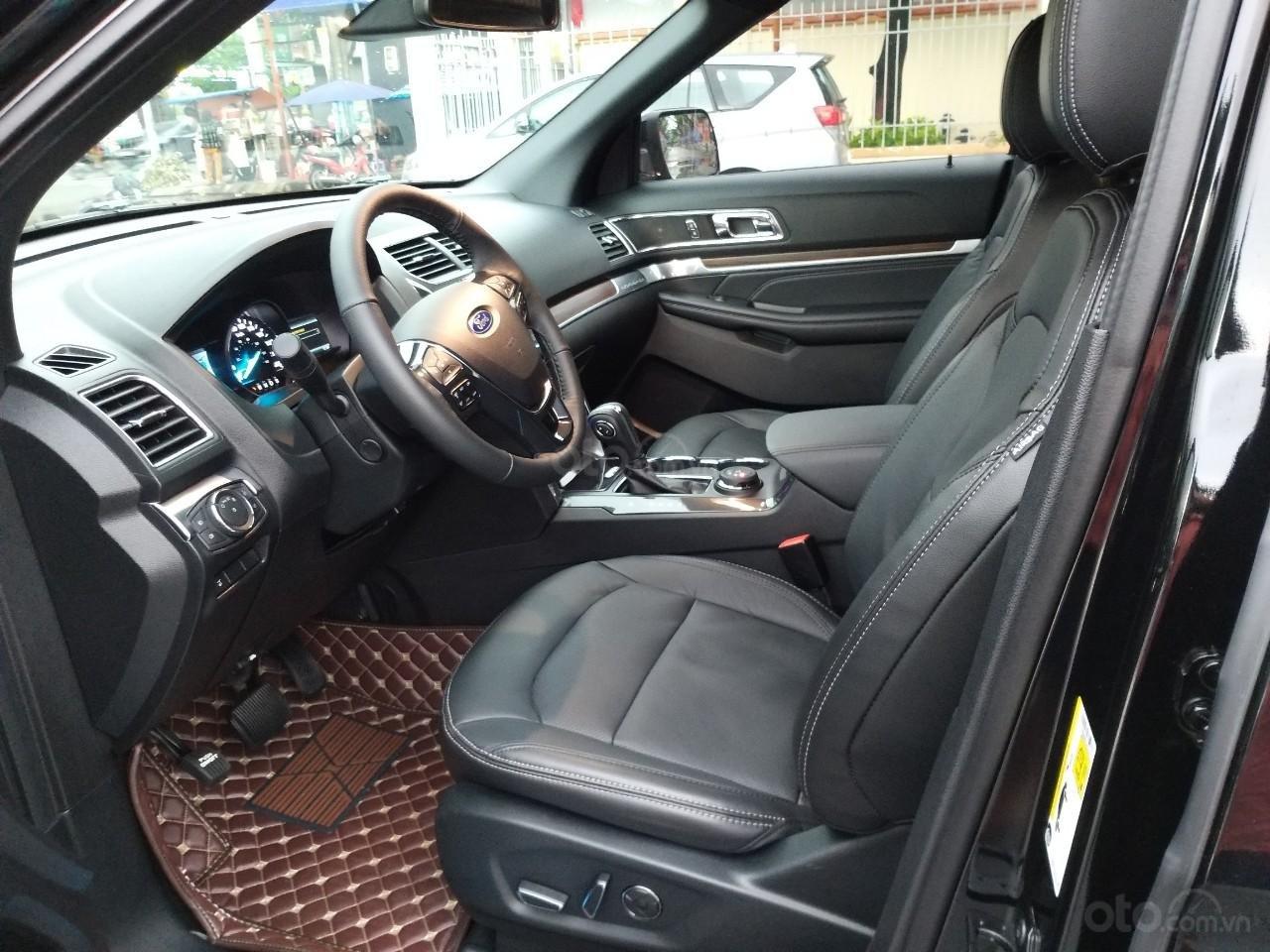 Ford Explorer hàng Limited model 2019, màu đen, xe nhập cực mới 99,9%, mới toanh như xe thùng. Giá chỉ 2 tỷ 160 triệu-4