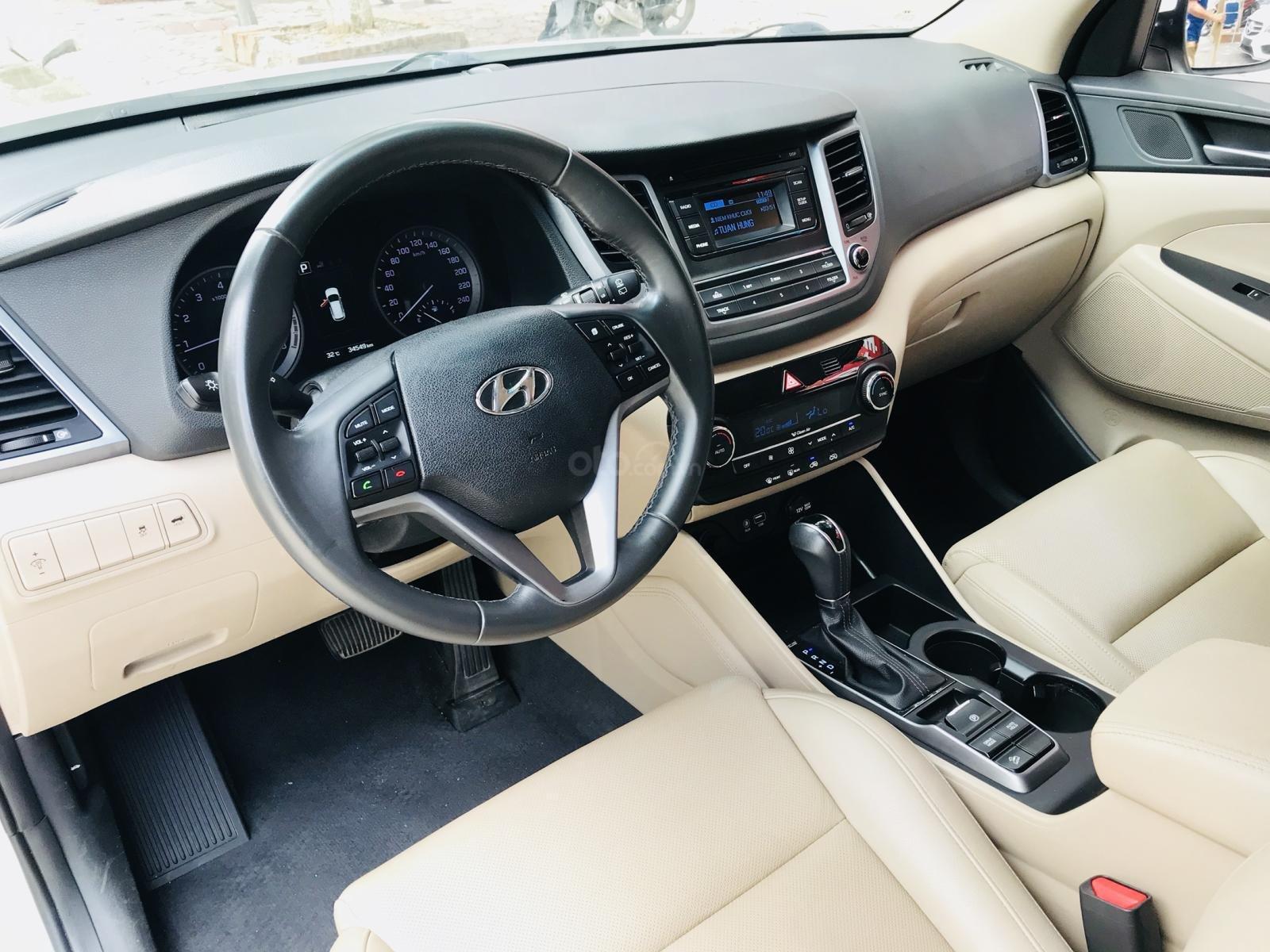 Bán Hyundai Tucson nhập sản xuất 2016 màu trắng (5)