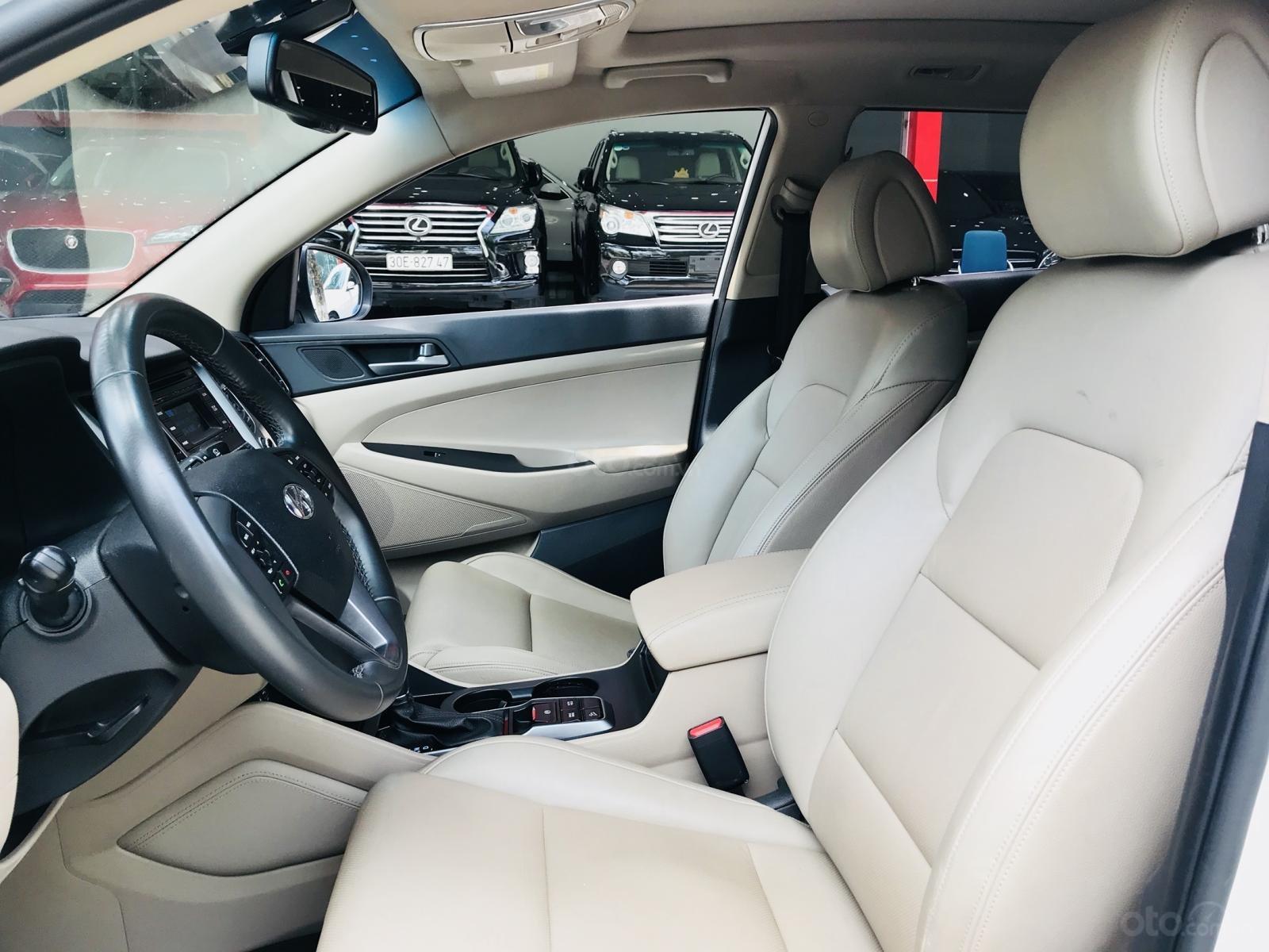 Bán Hyundai Tucson nhập sản xuất 2016 màu trắng (6)