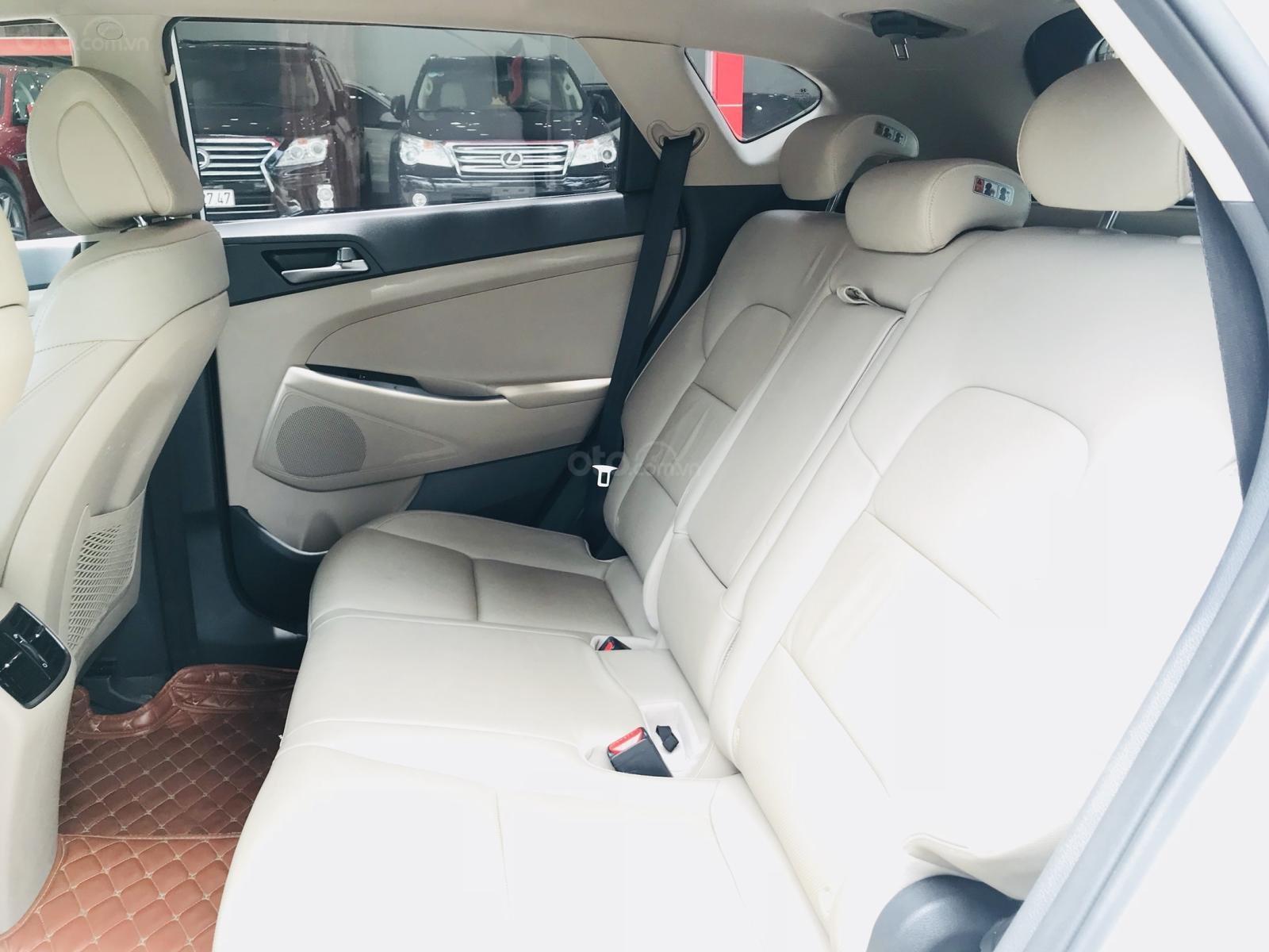 Bán Hyundai Tucson nhập sản xuất 2016 màu trắng (7)
