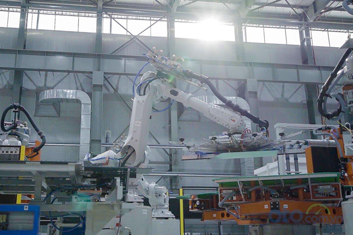 Xưởng dập của nhà máy ô tô VinFast.