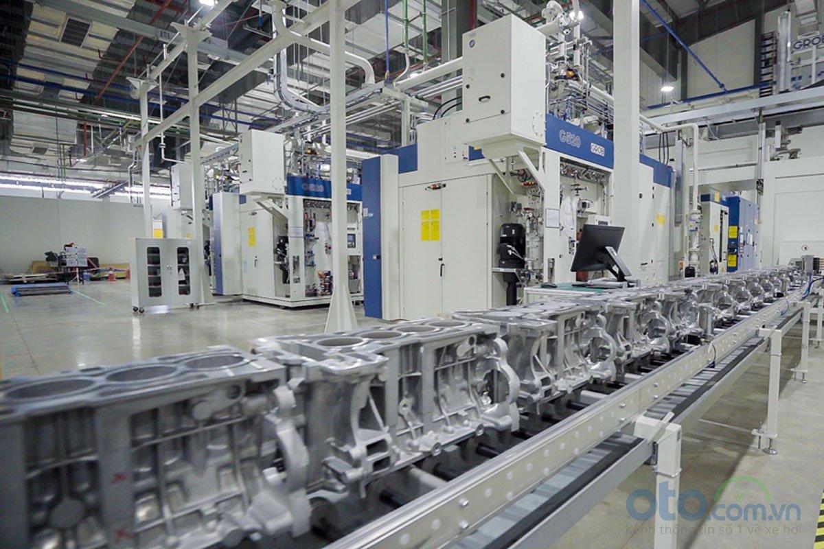 Xưởng động cơ của nhà máy ô tô VinFast 1.