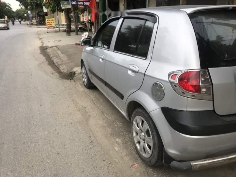 Bán xe Hyundai Getz năm sản xuất 2010, màu bạc, xe nhập-2