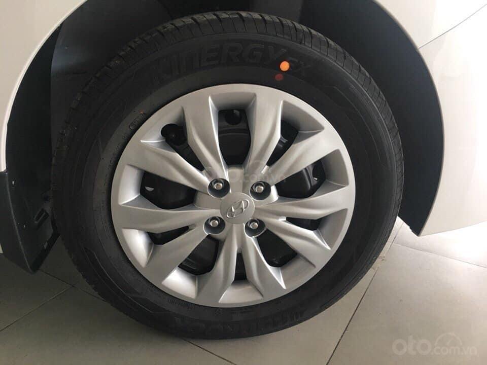 Bán Hyundai Accent Base đủ các màu, tặng 10-15 triệu - nhiều ưu đãi - LH: 0964.8989.32 (5)