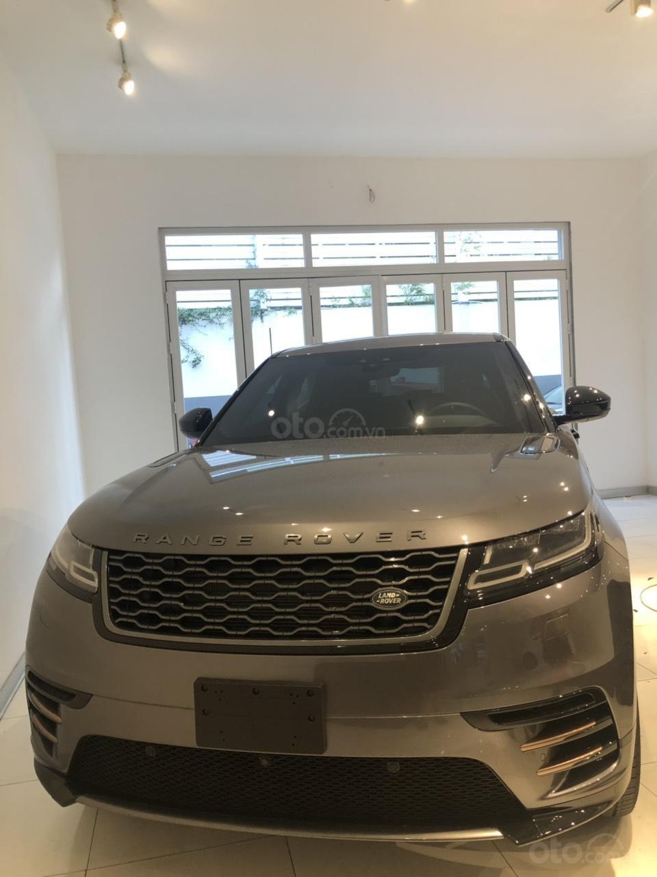 Chính chủ bán LandRover Range Rover Velar đời 2019, màu vàng đồng, xe nhập chính hãng, giá tốt (1)