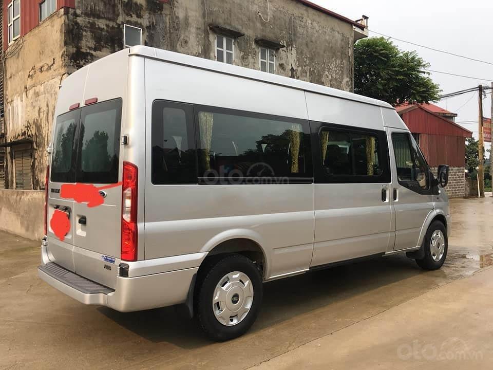 Gia đình cần bán Transit 2017 số sàn, máy dầu, màu bạc (2)
