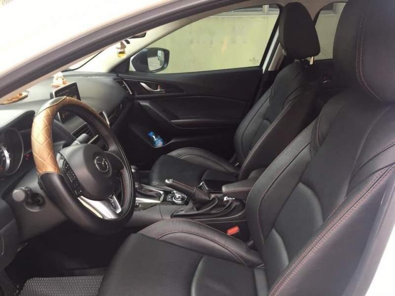Bán Mazda 3 1.5AT năm 2017, màu trắng như mới (6)