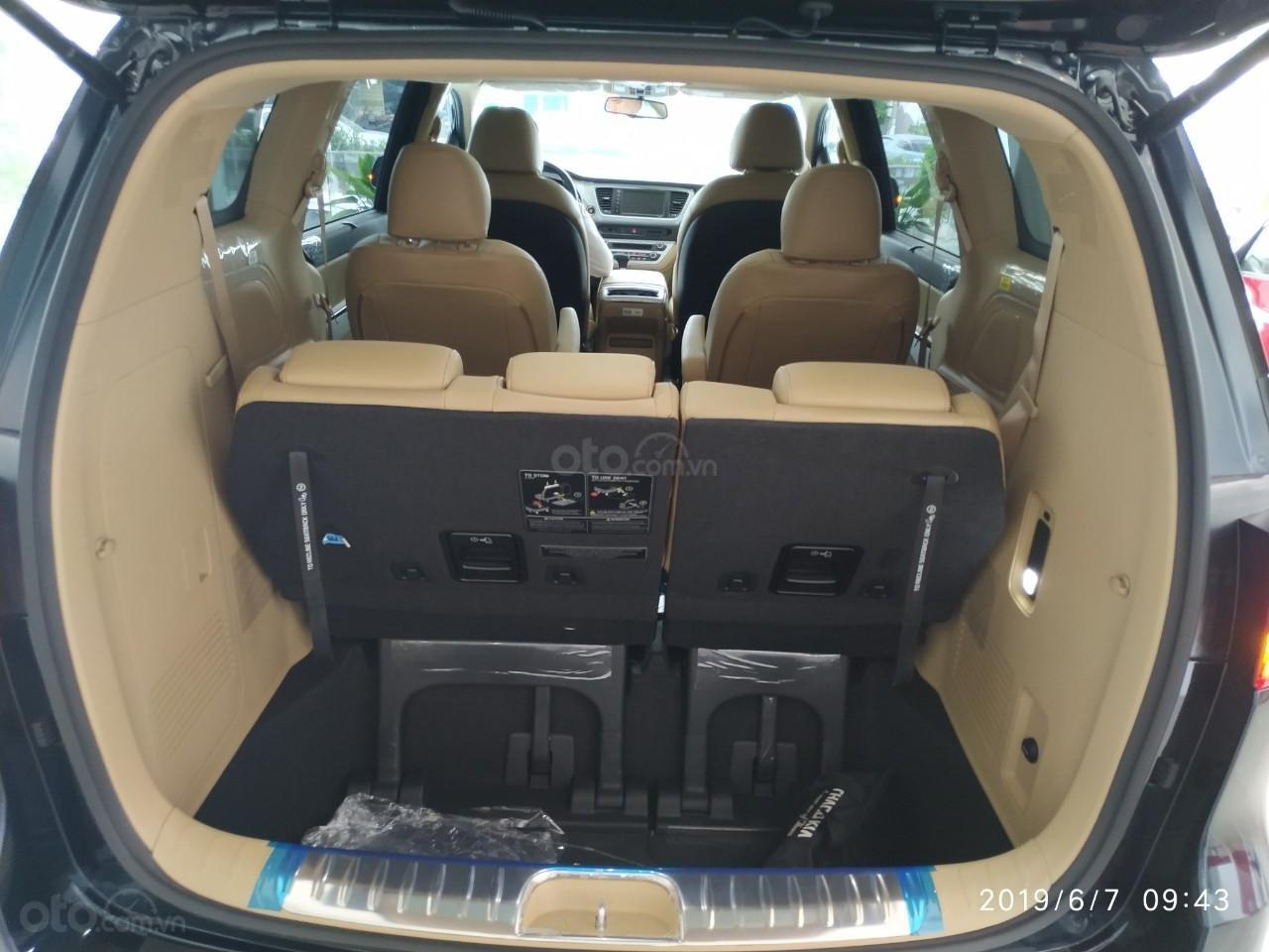 Bán ô tô Kia Sedona Luxury, Platinum D, Platinum G sản xuất năm 2019, màu xanh lam (9)
