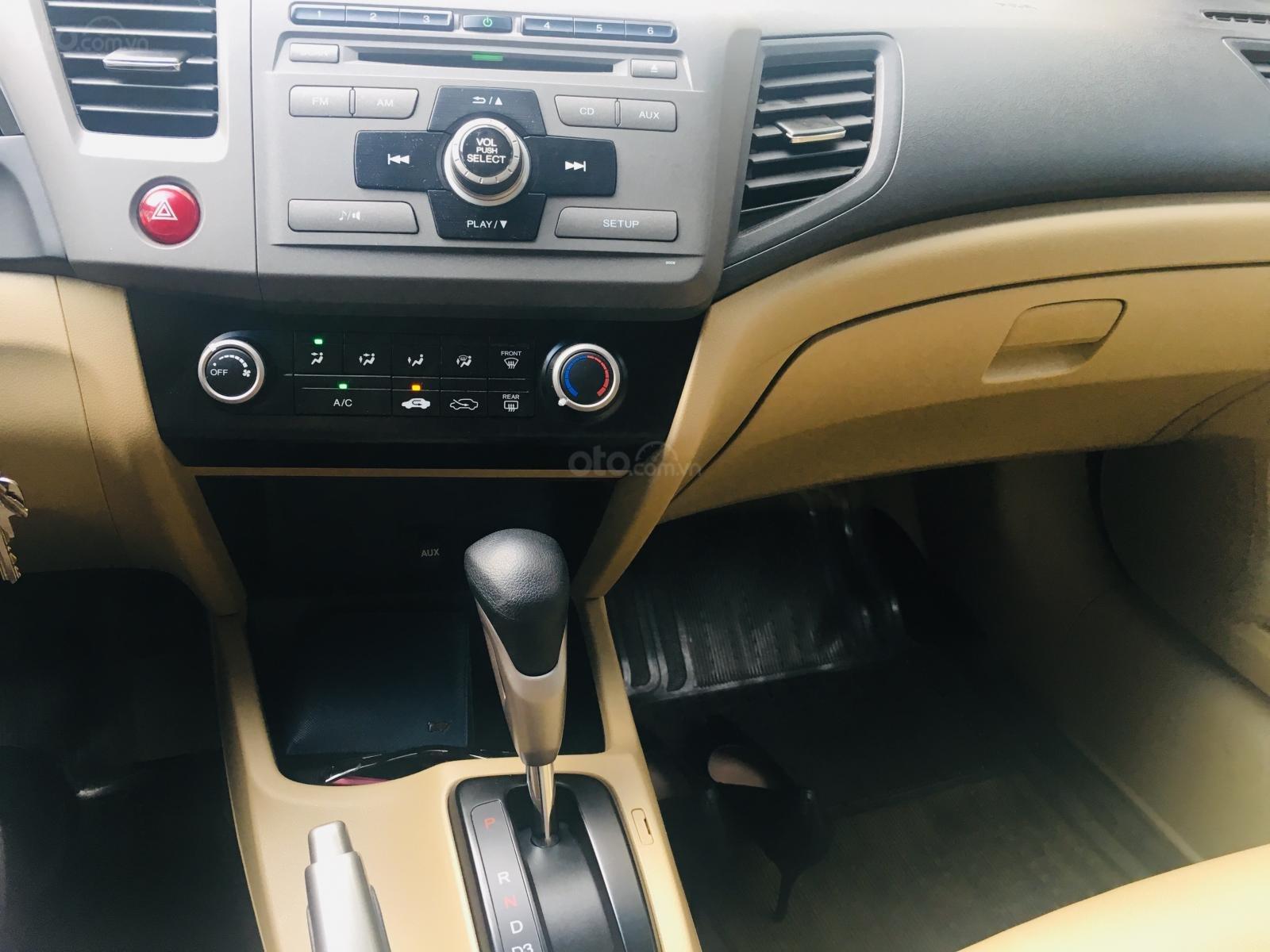 Bán Honda Civic 1.8 tự động, đời 2014, rất mới, full bodykit Modulo (12)