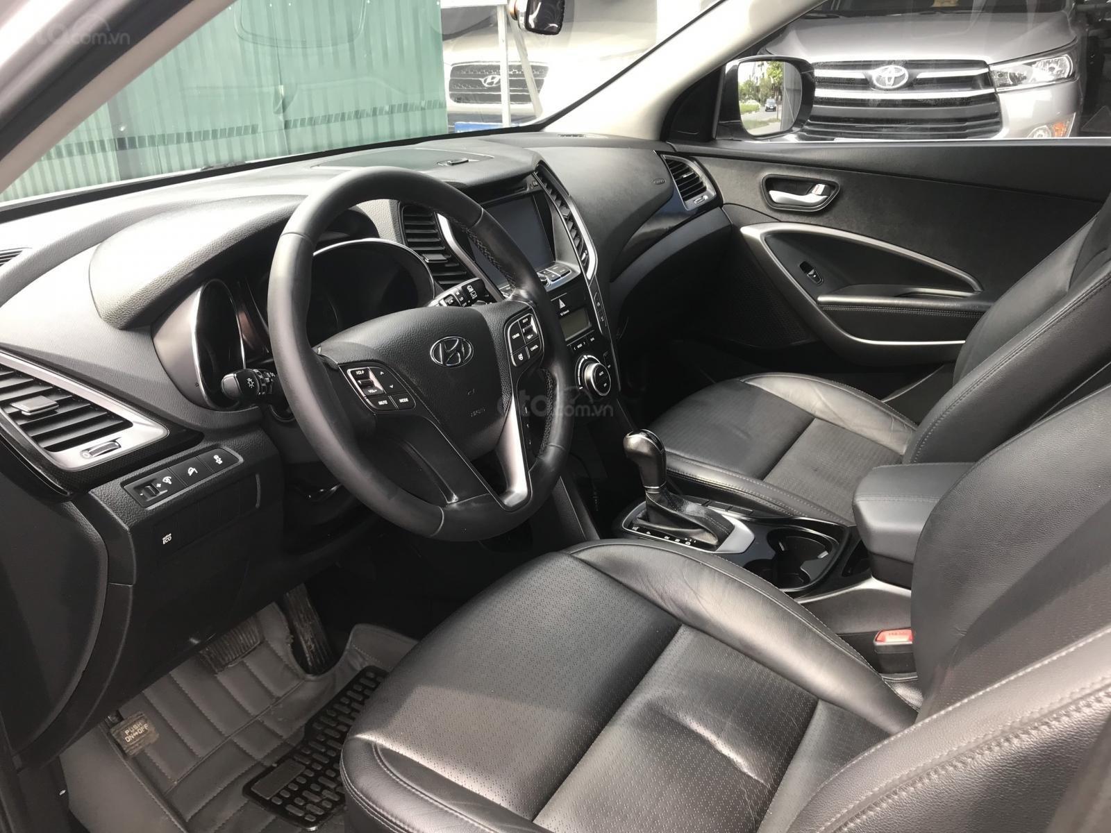 Cần bán Hyundai Santa Fe 2.4 AT năm sản xuất 2013, màu bạc, nhập khẩu nguyên chiếc-5