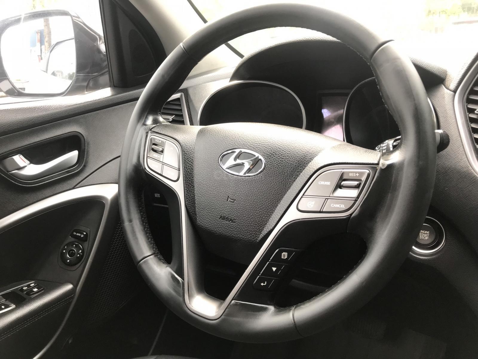Cần bán Hyundai Santa Fe 2.4 AT năm sản xuất 2013, màu bạc, nhập khẩu nguyên chiếc-6