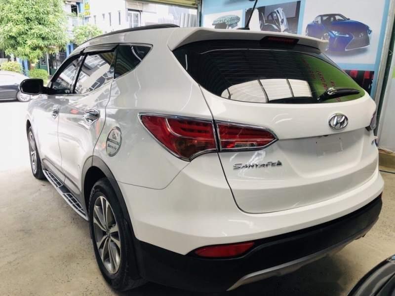 Bán Hyundai Santa Fe sản xuất 2015, màu trắng chính chủ (4)