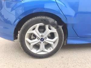 Cần bán lại xe Ford Focus sản xuất năm 2013, màu xanh lam, nhập khẩu nguyên chiếc chính chủ (2)