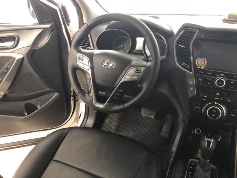 Bán Hyundai Santa Fe sản xuất 2015, màu trắng chính chủ (5)