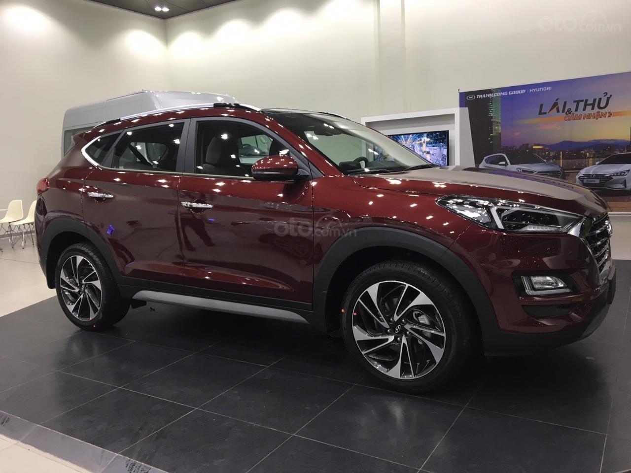 Hyundai Tucson 2019 giá tốt nhất thị trường, kèm nhiều ưu đãi, xe có sẵn giao ngay (1)