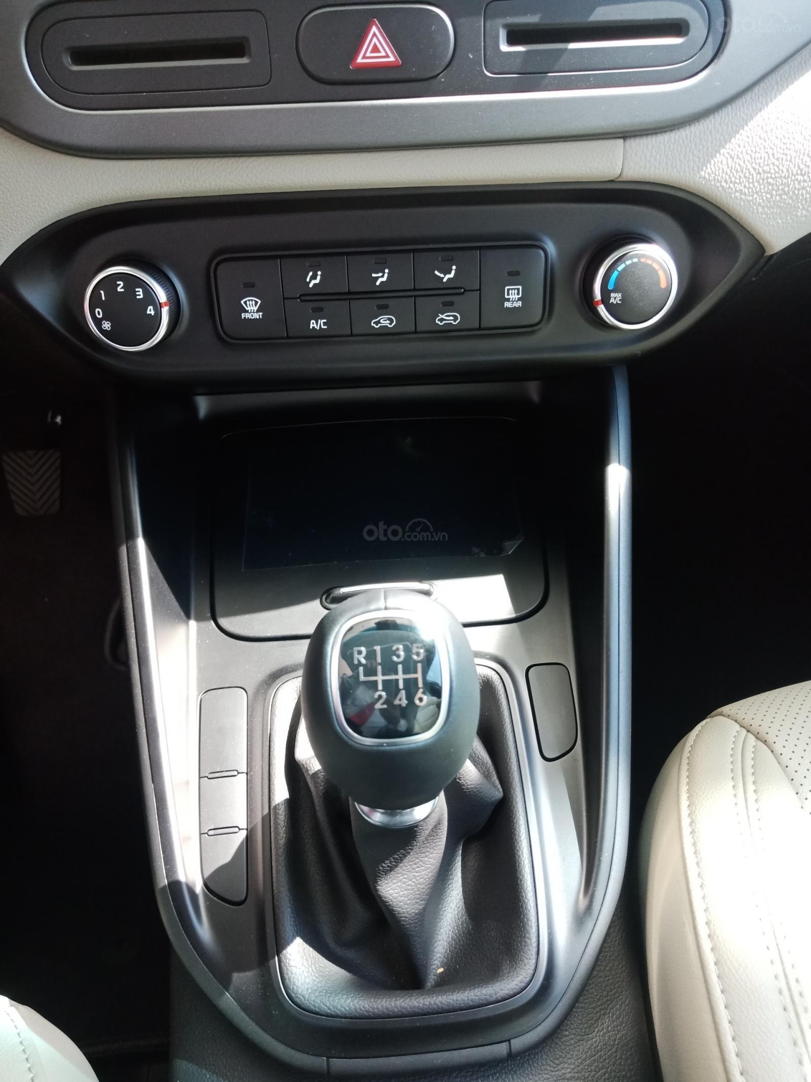 Kia Rondo 2019 nhiều cải tiến giá hấp dẫn có nhiều ưu đãi, có sẵn xe giao ngay-5