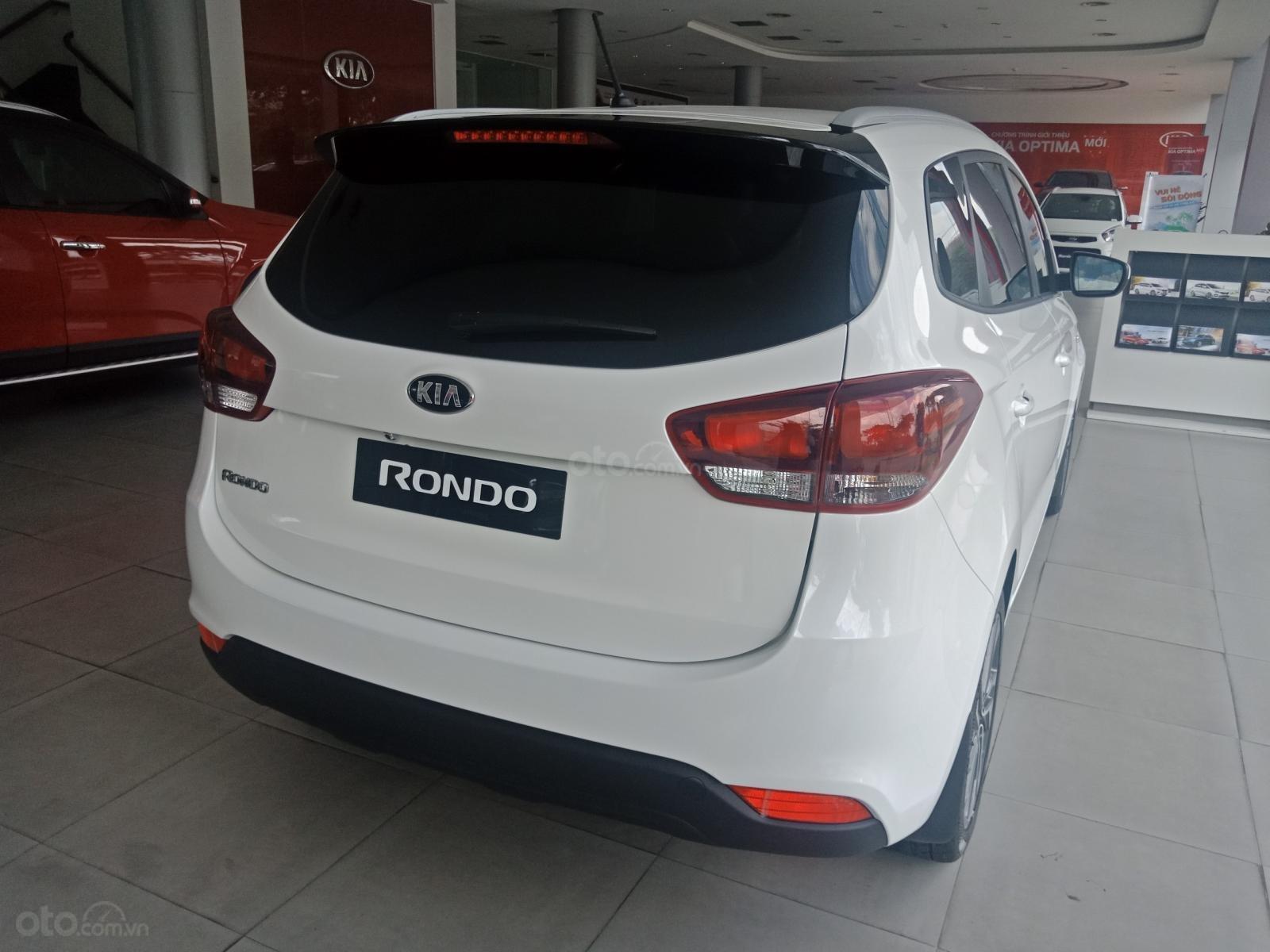 Kia Rondo 2019 nhiều cải tiến giá hấp dẫn có nhiều ưu đãi, có sẵn xe giao ngay-6