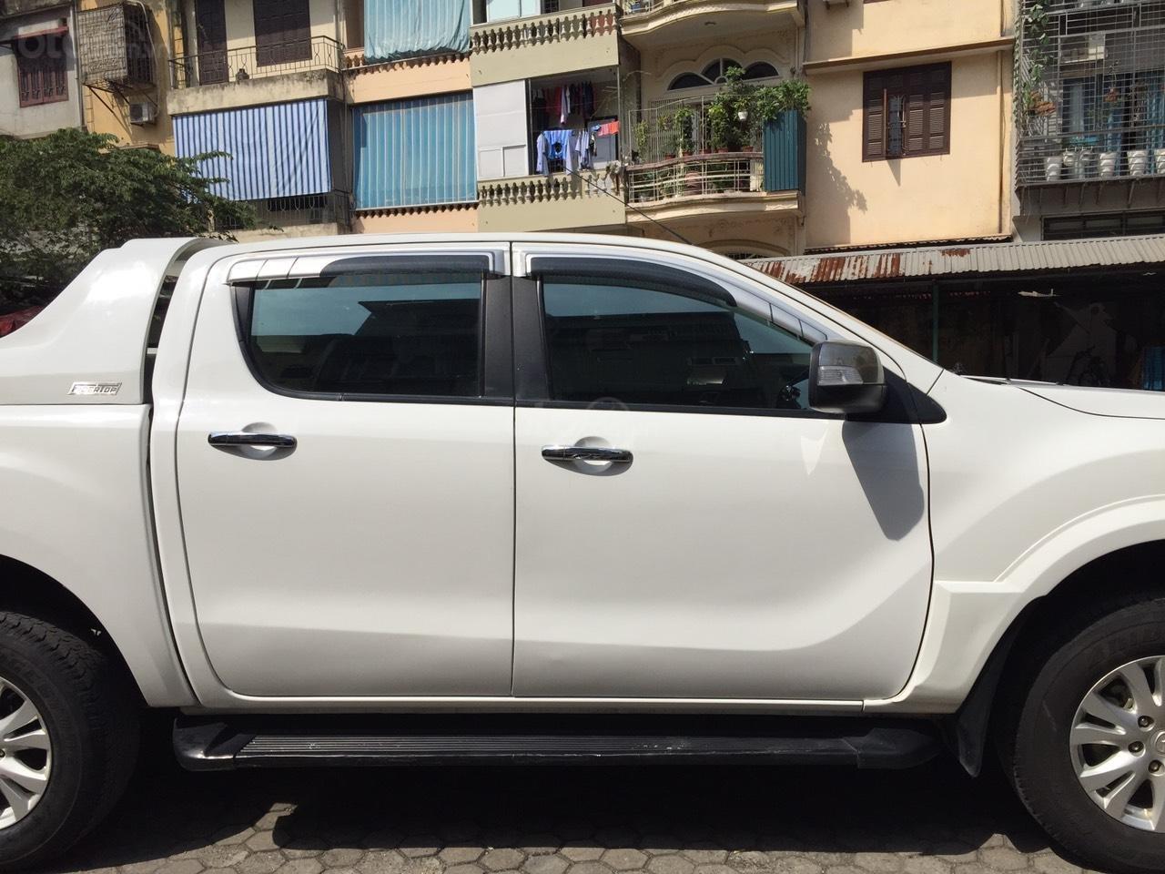 Bán Mazda BT 50 sản xuất năm 2015, màu trắng -1