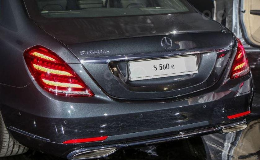 Mercedes-Benz S560e 2019 mạnh mẽ