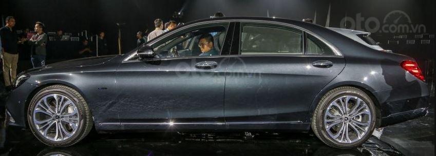 Mercedes-Benz S560e 2019 sang trọng